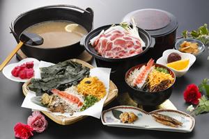 鶏飯(黒豚の陶板焼き付)
