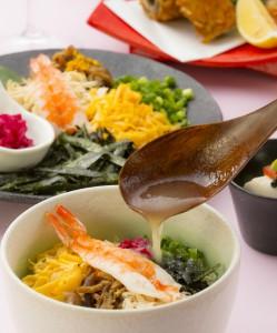 5月3日~5日 ランチタイムは本館でも鶏飯を食べられます。